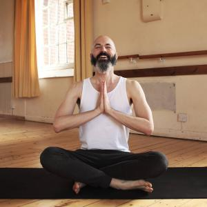 Matt Lamb online yoga teacher